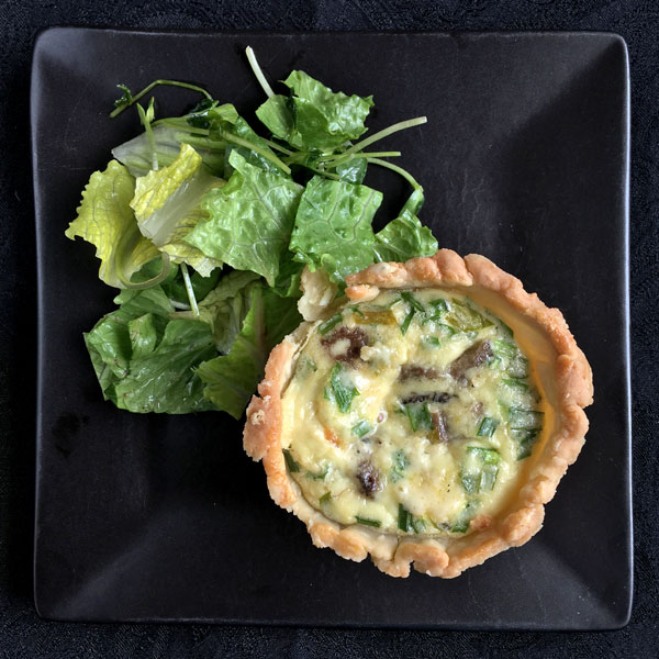 Mini Quiches with Mushrooms and Gruyere